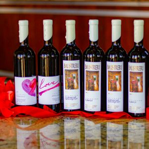 See Valentine Wines & Dinner Here
